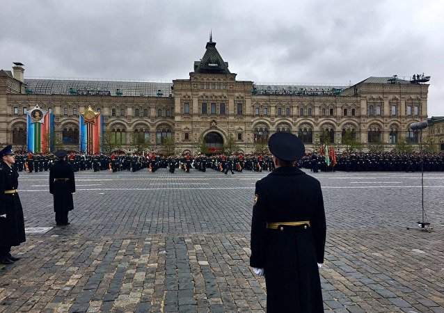 A parada militar dedicada ao 72º aniversário da Vitória na Grande Guerra pela Pátria de 1941-1945 na Praça Vermelha em Moscou
