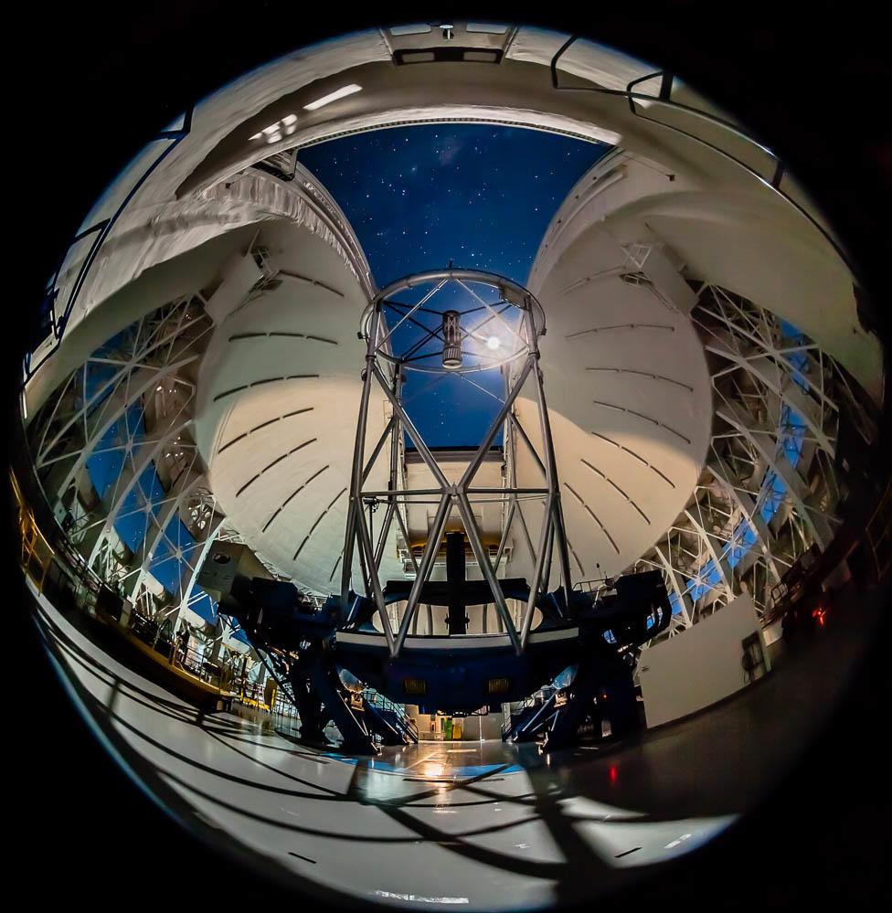 Telescópio Gemini Sur responsável pela análise do asteroide 2014 JO205, Chile.