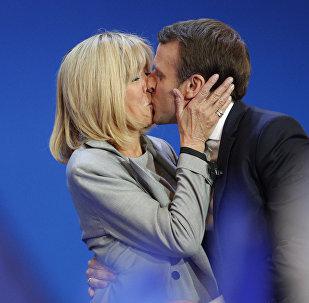 Emmanuel e Brigitte Macron