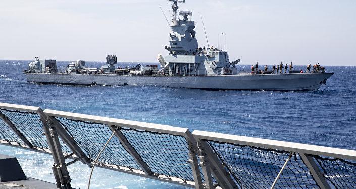 Navio Saar 4.5 da Marinha de Israel durante treinamento no mar Mediterrâneo (imagem ilustrativa)