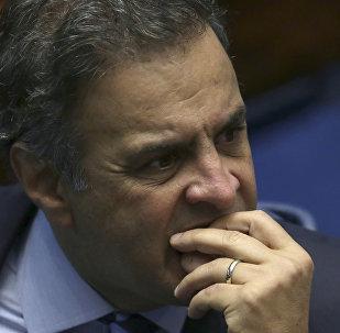 Aécio Neves durante uma sessão no Senado sobre impeachment de Dilma Rousseff (foto de arquivo)