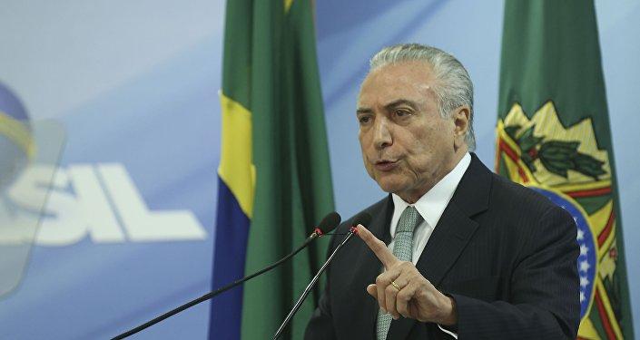 O presidente da República, Michel Temer, faz pronunciamento oficial no Palácio do Planalto em 19 de maio de 2017