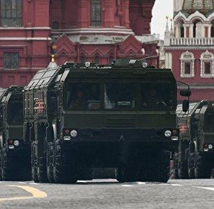 Complexos de mísseis Iskander durante Parada da Vitória em Moscou