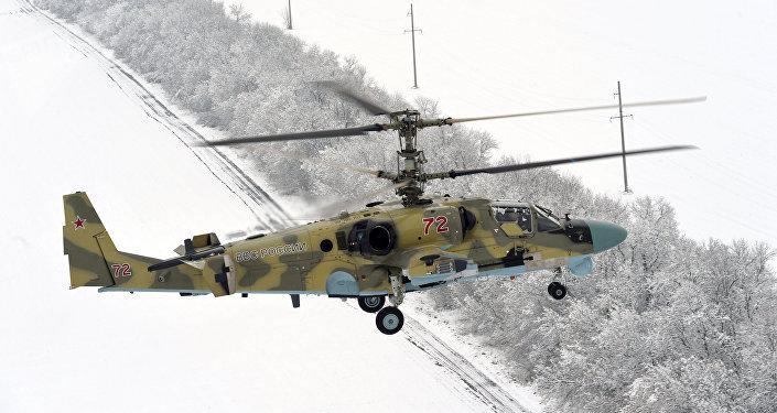 A transferência de novos helicópteros de ataque de Ka-52 ao pessoal do regimento do helicóptero na região de Krasnodar