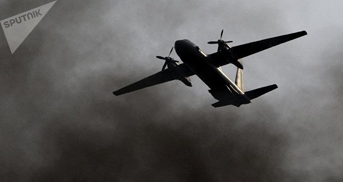 Avião militar An-26 (foto de arquivo)