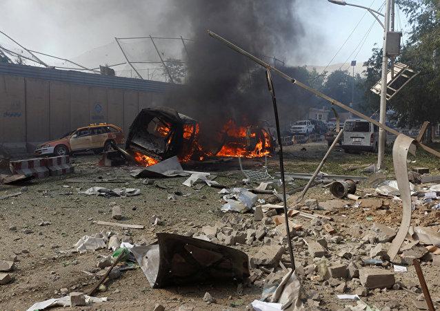 Explosão atinge capital afegã, Cabul, 31 de maio de 2017