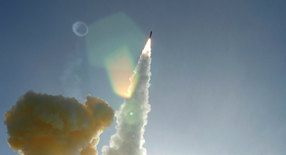 Lançamento de um míssil dos EUA