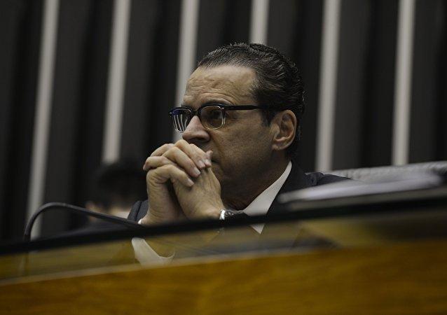 Henrique Eduardo Alves durante uma Sessão extraordinária da Câmara dos Deputados