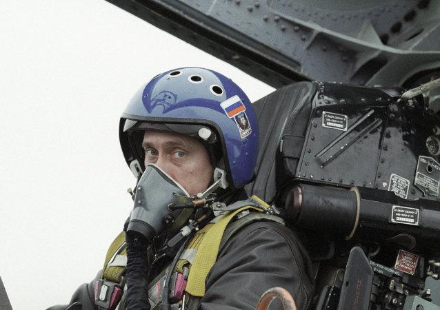 Vladimir Putin em caça Su-27