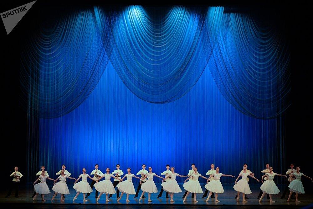 Bastidores da vida cotidiana das bailarinas russas
