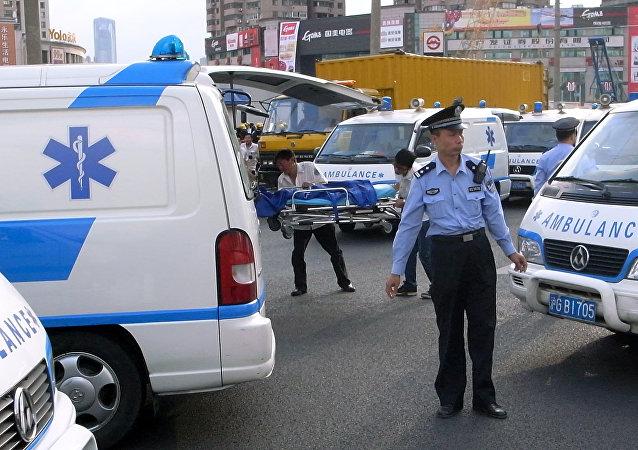 Uma ambulância chinesa, foto de arquivo