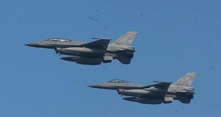 Caças F-16 da Força Aérea da Polônia, foto de arquivo