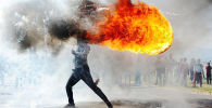 Protestos na cidade de Grabouw, do fotógrafo sul-africano Phandulwazi Jikelo