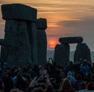 Festival do solstício de verão em Stonehenge, Reino Unido