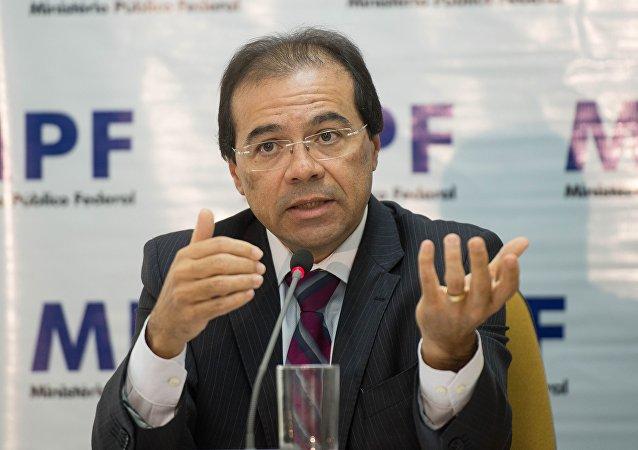 Vice-procurador-geral eleitoral Nicolau Dino