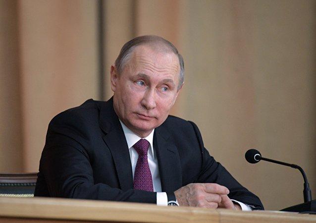 Vladimir Putin (foto de arquivo), atual presidente da Rússia, foi eleito para um novo mandato no último domingo, 18 de março de 2018