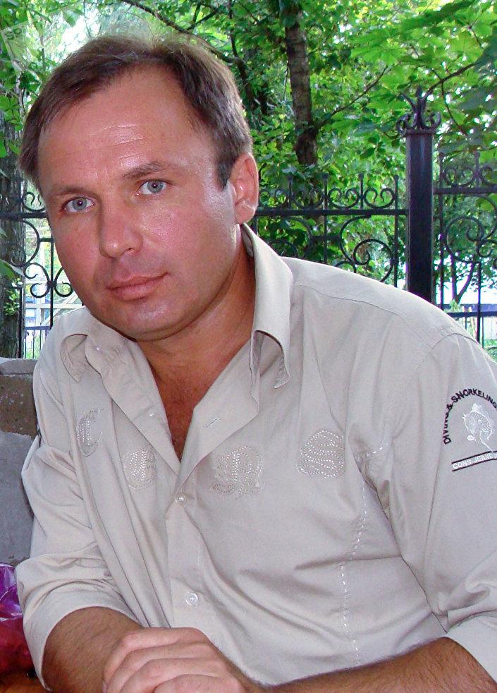 Piloto russo Konstantin Yaroshenko, que foi preso nos Estados Unidos