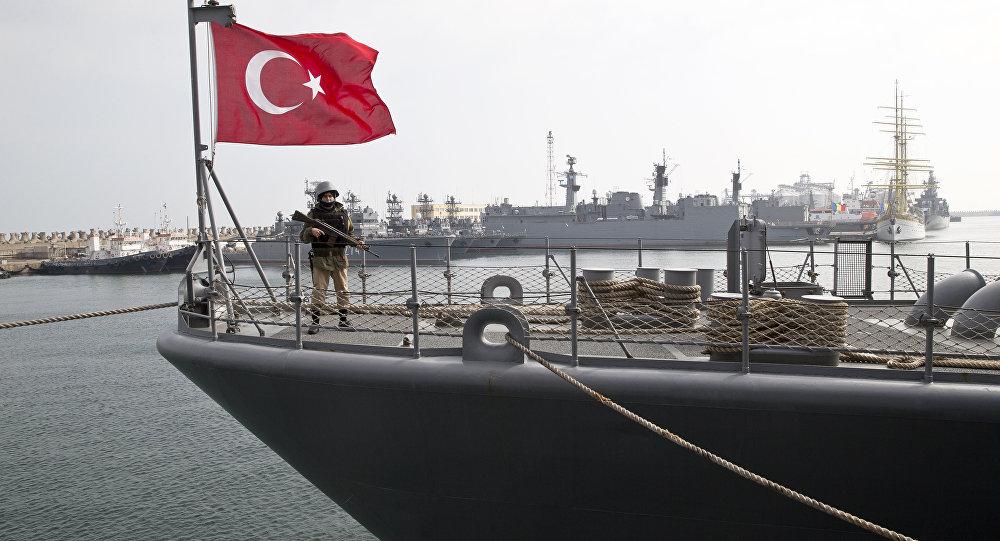 Para que precisa a Turquia de um porta-aviões?