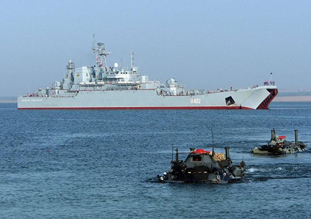 Exercícios militares Sea Breeze realizados no mar Negro perto da Crimeia (foto de arquivo)