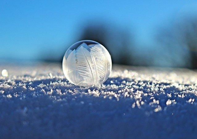 Bolha de sabão congelada