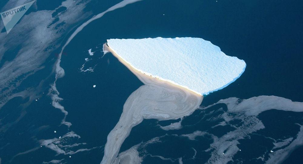 Um iceberg (imagem referencial)