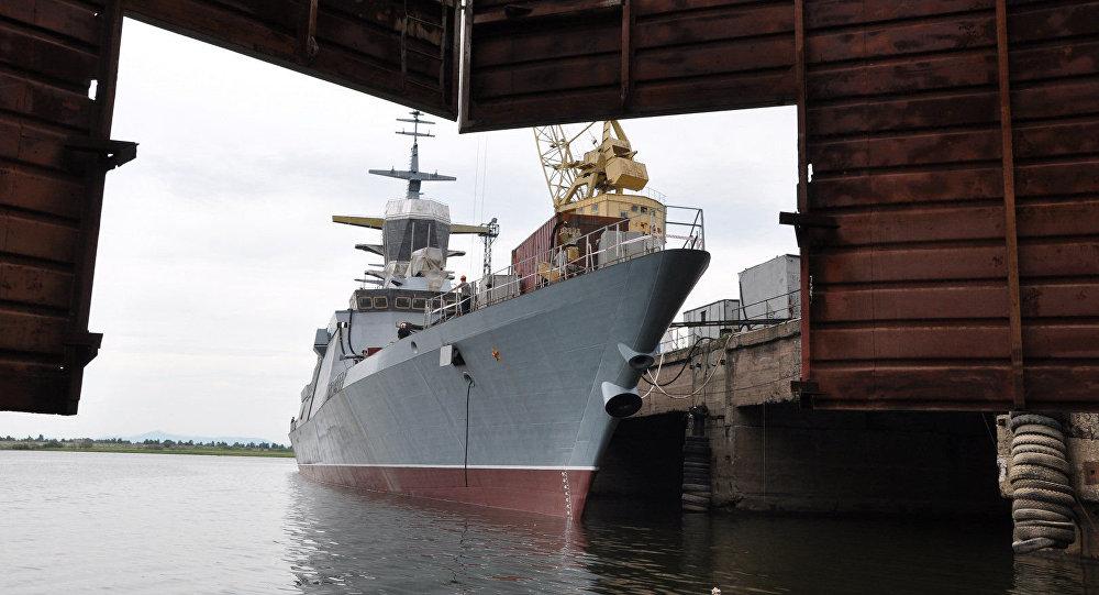 A corveta mais atual Sovershenny do projeto 20380