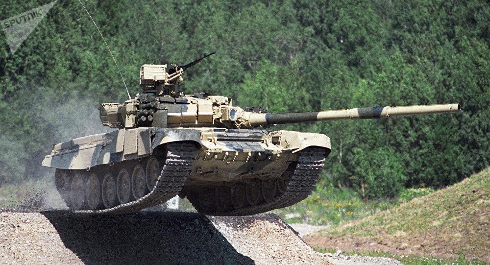 T-90 c armado
