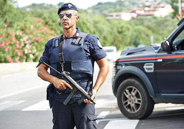 Um policial italiano