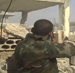 Exército sírio realiza exercícios em condições urbanas