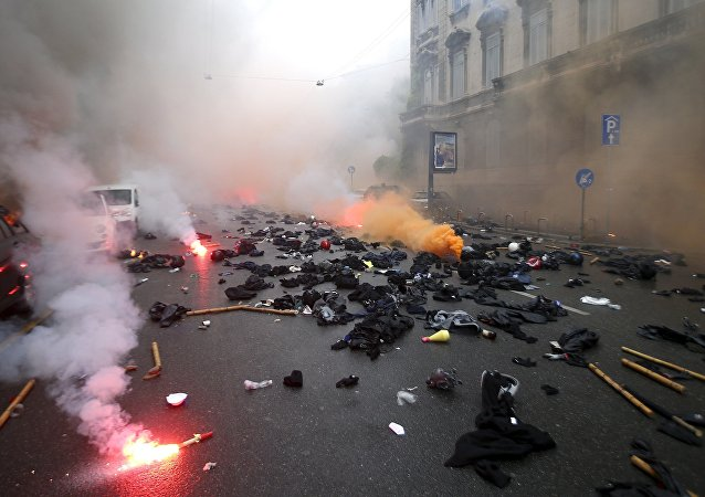 Protesto contra Expo 2015 em Milão, Itália