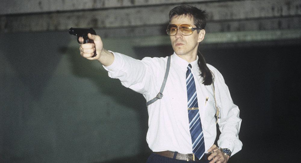 Um tenente de Comité de Segurança do Estado da URSS