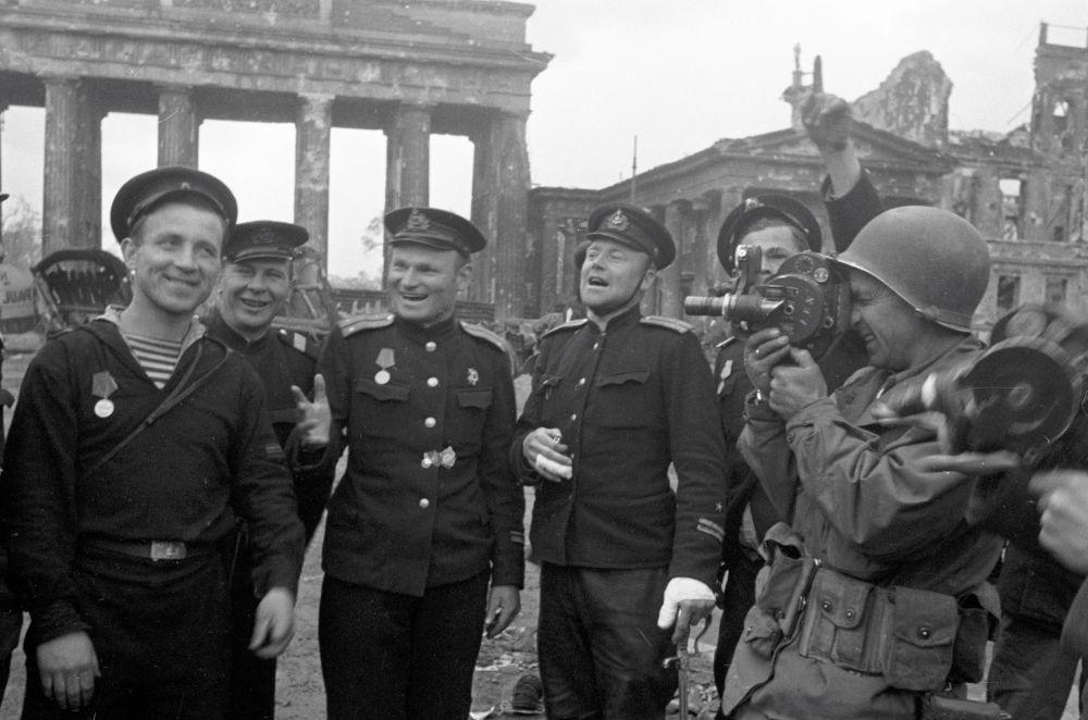 Marinheiros soviéticos em Berlim