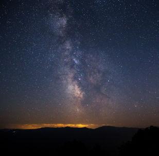 Céu noturno, imagem referencial