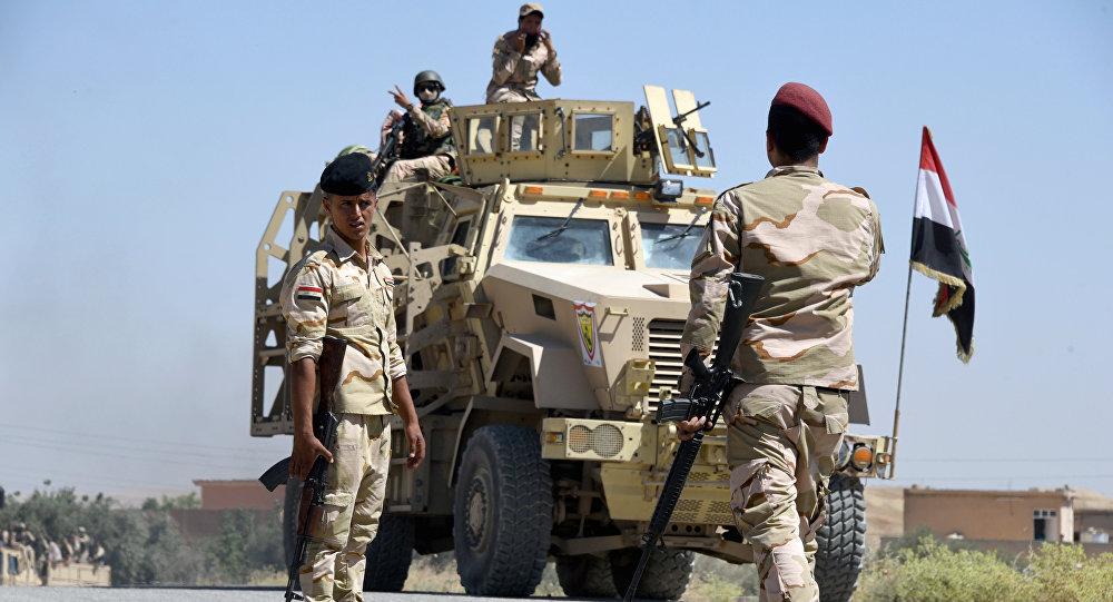 Forças governamentais do Iraque lutam contra terroristas perto de Tal Afar, cidade localizada a 70 km de Mossul