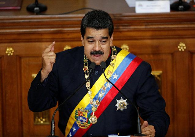 Presidente venezuelano Nicolas Maduro discursa em uma sessão da Assembleia Nacional Constituinte