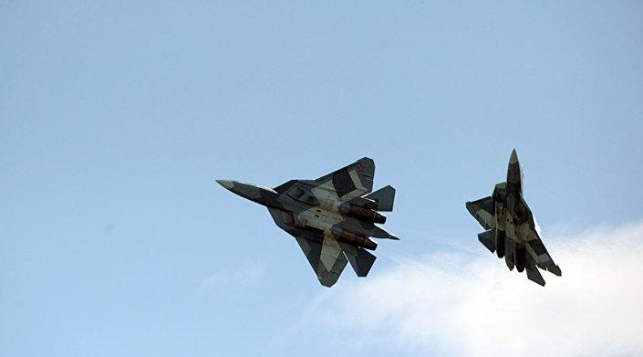 Caças Sukhoi T-50