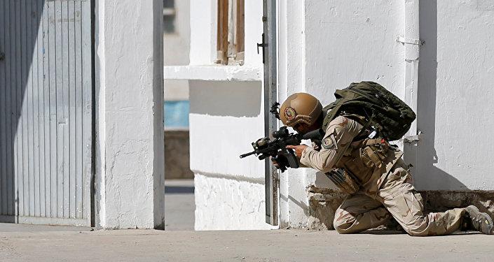 Um policial afegão