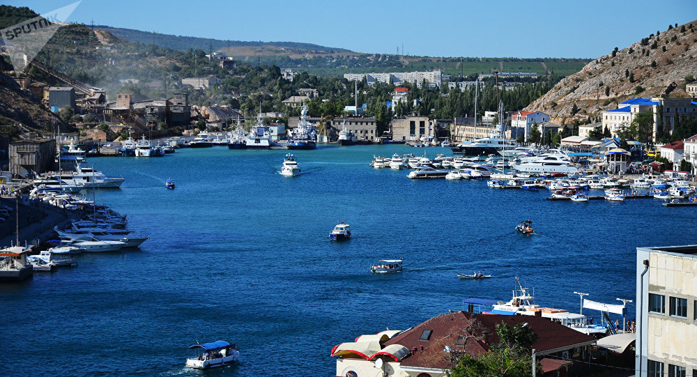Vista da baía de Balaklava na cidade de Sevastopol, Crimeia