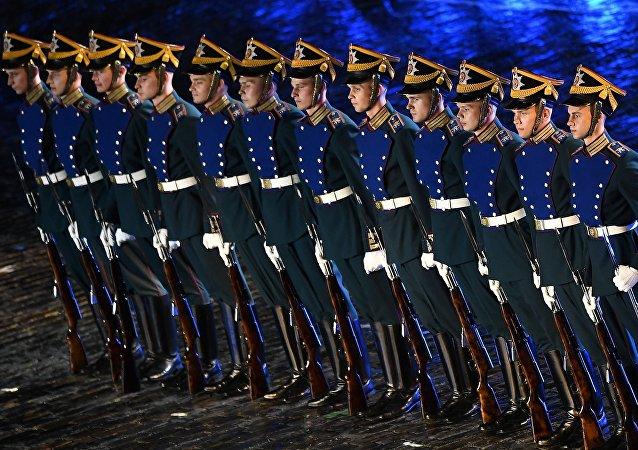 Companhia da Guarda Especial do Regimento Presidencial russa na Praça Vermelha, no âmbito do festival Spasskaya Bashnya, em 29 de agosto de 2017