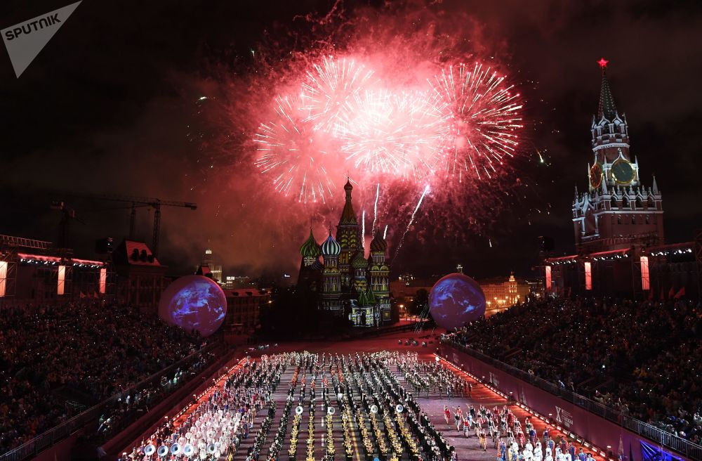 Cerimônia de abertura do festival da música militar Spasskaya Bashnya