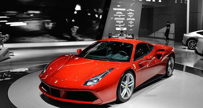 Ferrari 488 GTB em exposição.