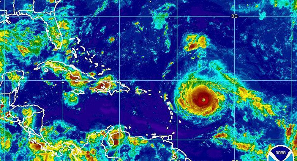 Furacão Irma chega à categoria 4 no Caribe