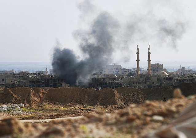 Ataques contra as posições do Daesh perto de Deir ez-Zor