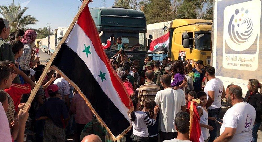 População de Deir ez-Zor recebe comboio de medicamentos e alimentação