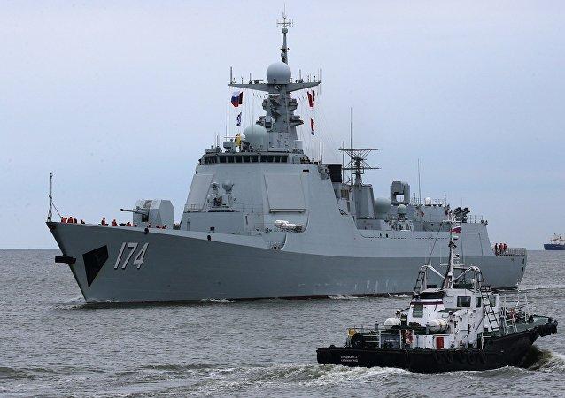 O destróier Hefei da classe 052D da Marinha chinesa
