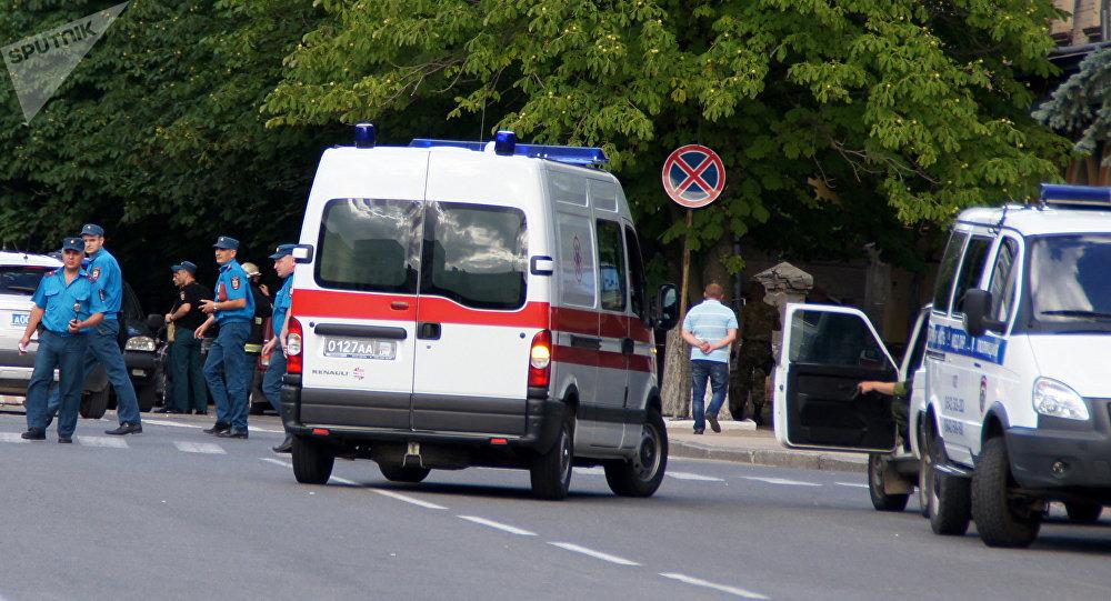 Agentes dos serviços de segurança em Lugansk