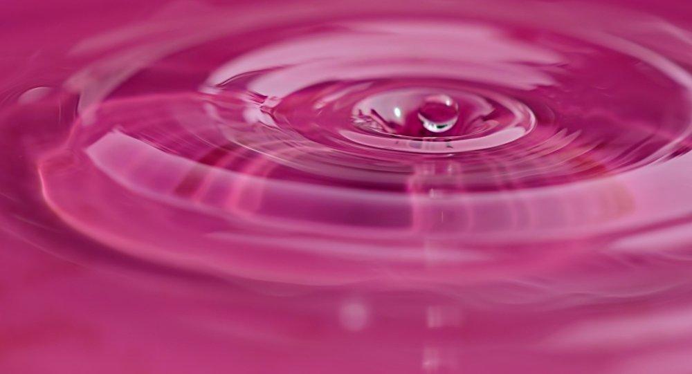 Água cor-de-rosa (imagem referencial)