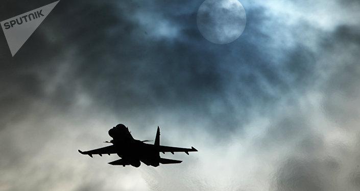 Caça multifuncional russo Su-30SM