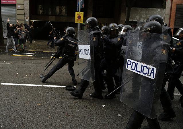 Polícia espanhola na Catalunha, 1 de outubro de 2017
