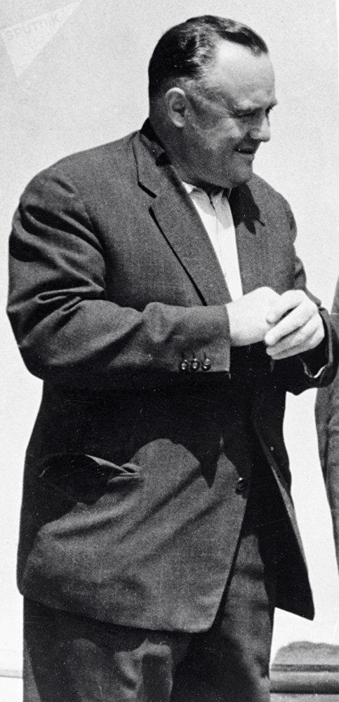 Sergei Korolev (1907-1966), engenheiro-chefe do programa espacial soviético. Por sua iniciativa e sob seu controle foi lançado o primeiro satélite artificial da Terra e realizado o voo do primeiro cosmonauta no mundo, Yuri Gagarin